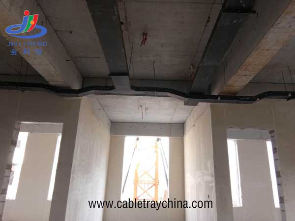 Solid Cable trays for aluminium factory construction in Wei fang