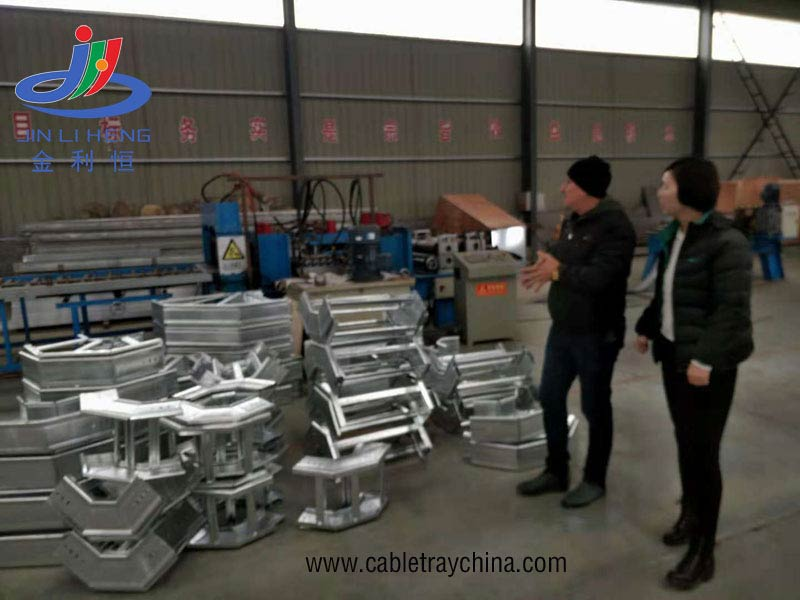 Iraqi Customers Visited and Inspected cable ladder rack